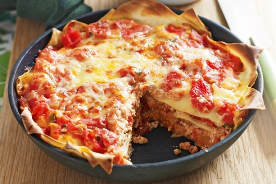 Lasagne s lososem, rajčaty a sýrem ricotta