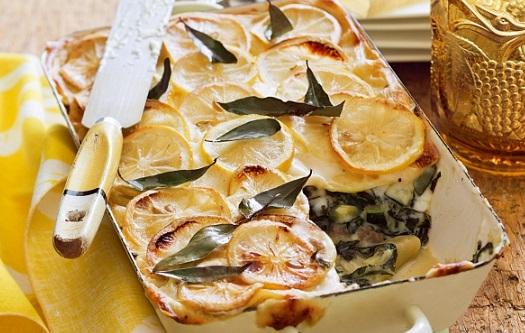 Lasagne s citronem, klobásou a mangoldem