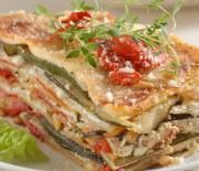 Lasagne s restovanou paprikou, cuketou a sýrem riccota